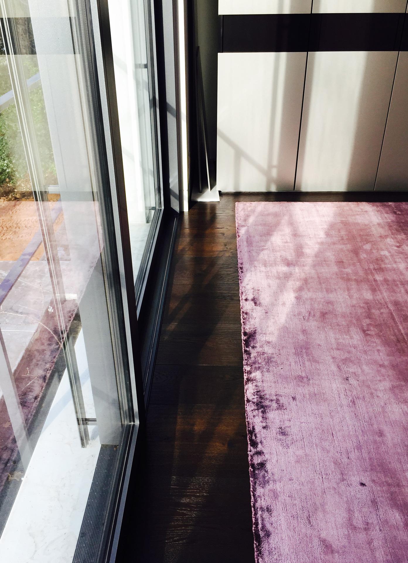 handgefertigte teppiche raumausstattung silko sch ler. Black Bedroom Furniture Sets. Home Design Ideas