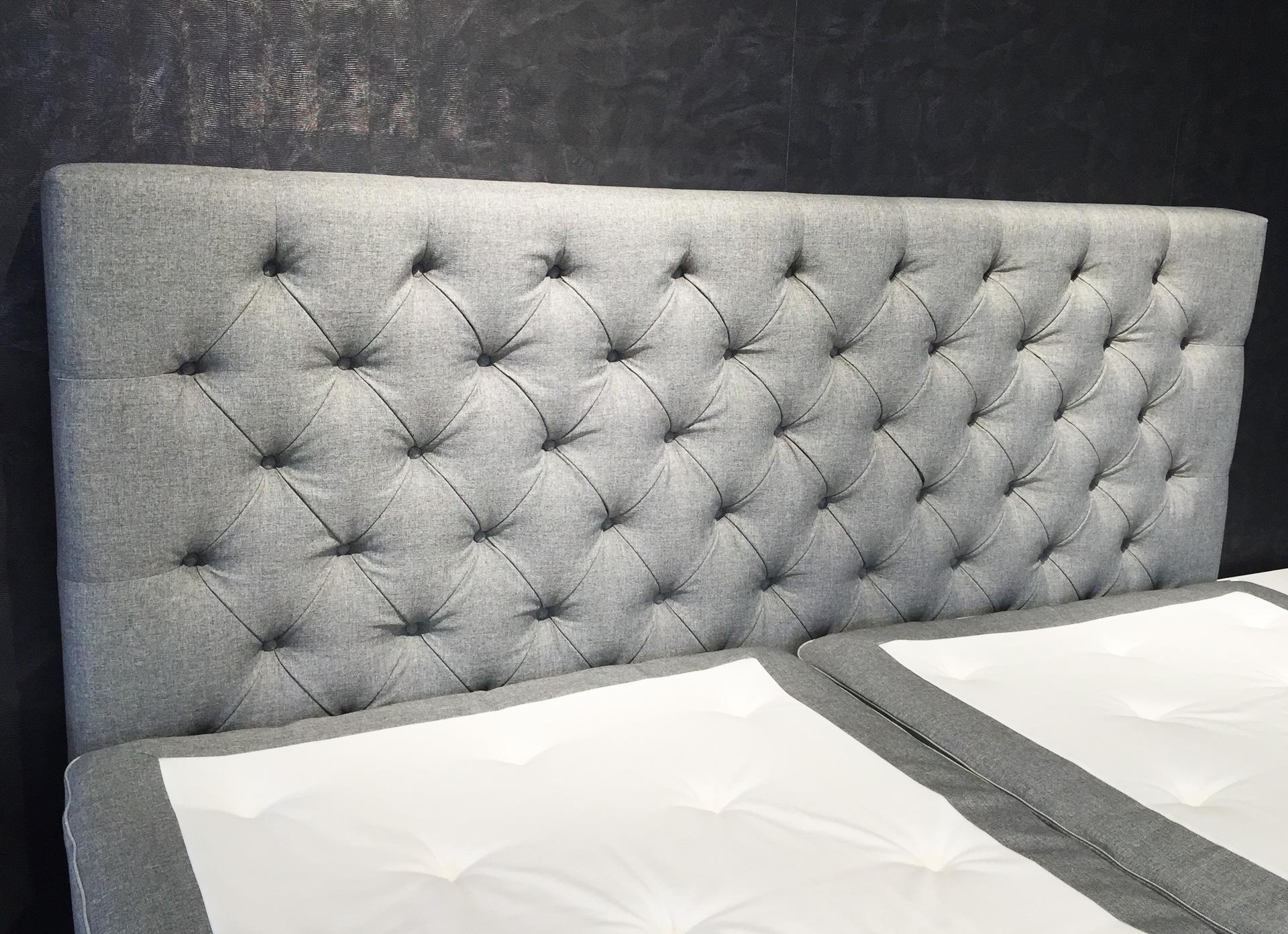 10_Raumausstattung_Schueler_Koeln_Nippes_Polsterei_traditionelle_Restauration_Bett_Kopfteile